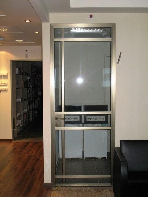 דלת למשרד קליל 4300 בצבע 101 משי